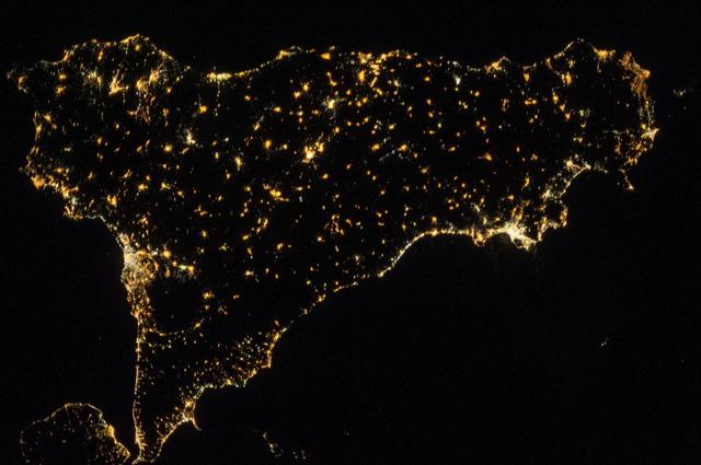 Ѐ-la-Sicilia,-la-regione-più-povera-d'Europa