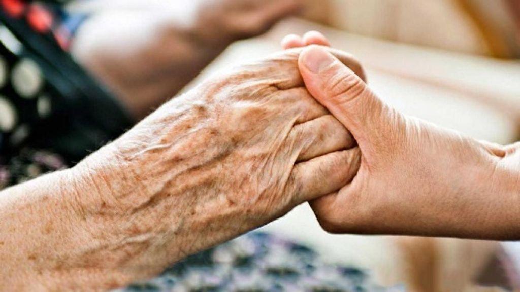 Caregiver-familiari:-sarà-la-volta-buona-per-una-legge?