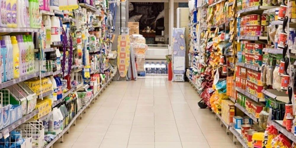 Filiera-dello-sfruttamento:-la-povertà-sugli-scaffali-dei-supermercati