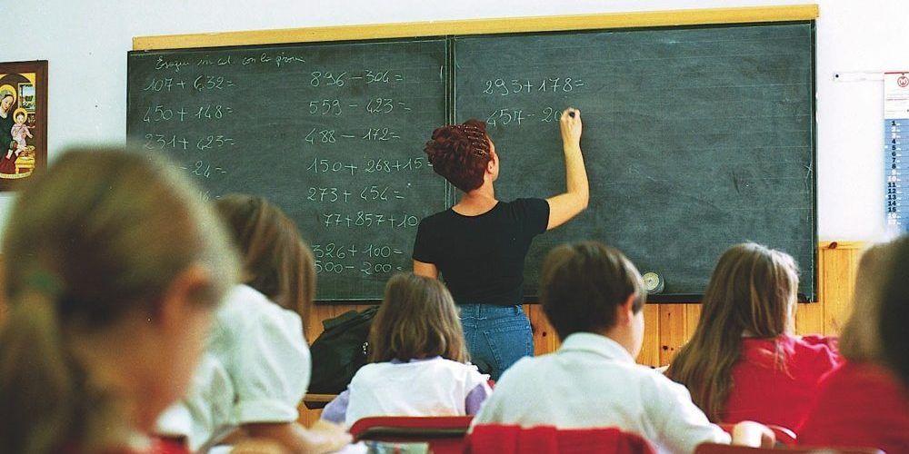 La-scuola-favorisce-i-ricchi-e-punisce-i-poveri?-Le-leggi-della-mobilità-educativa