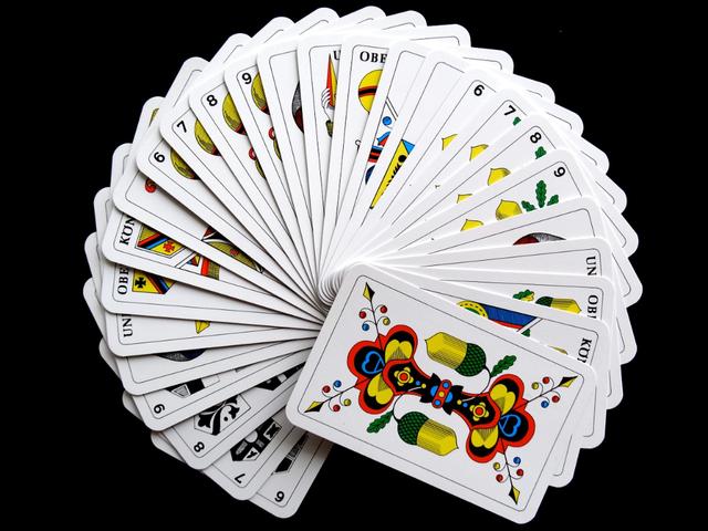 """""""Un-torneo-di-carte-per-la-Piazza-S.-Maria-Ausiliatrice"""""""